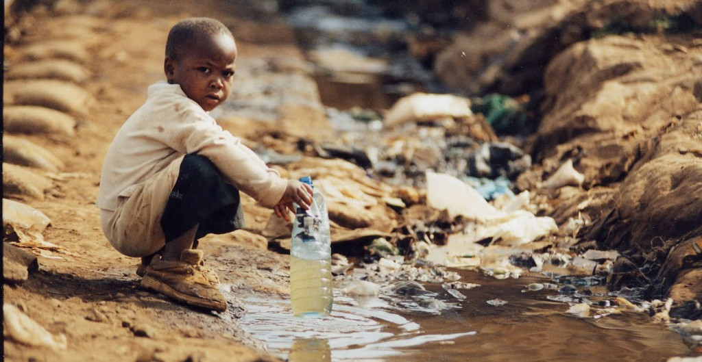 bring safe drinking water to the world essay How to save water keep a pitcher of drinking water in the fridge this article helped me to write an essay about water sc.